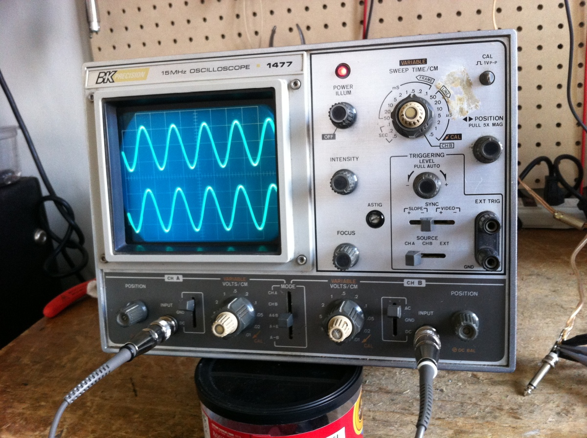 BK Precision 1477 oscilloscope