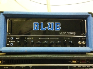 BLUE Matamp made by Radiocraft for GTV (GCV?). Gotta love these custom Matamps. No schematic available so you just have to sort it out yourself.