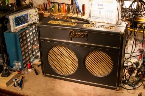 Gibson Super Gold Tone full
